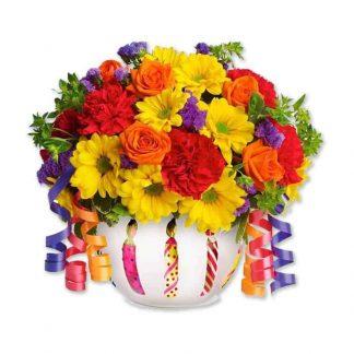 ramo de celebración, flores de margaritas, claveles, rosas y siempre viva