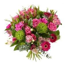 ramo de anastacias con rosas rosadas, claveles, y alstromelia con gerberas